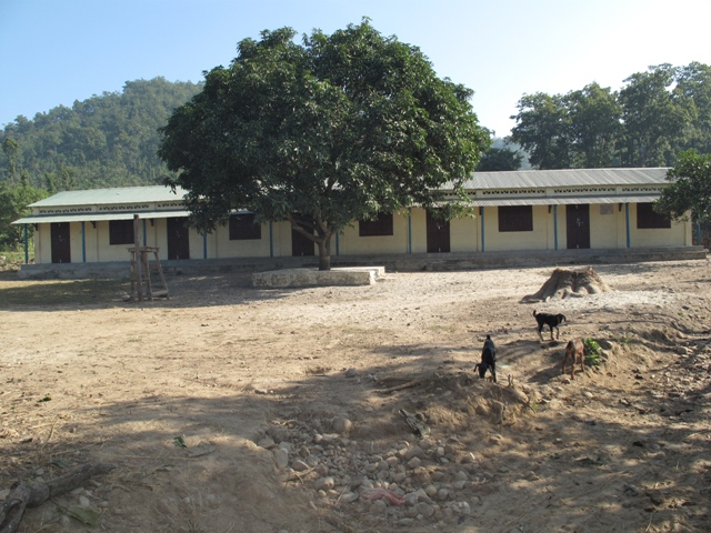 Lagere school in Khayrasal