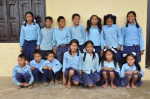 kinderen van Bobok voor hun nieuwe school