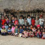 Nepalese bamboe-school in de bergen.